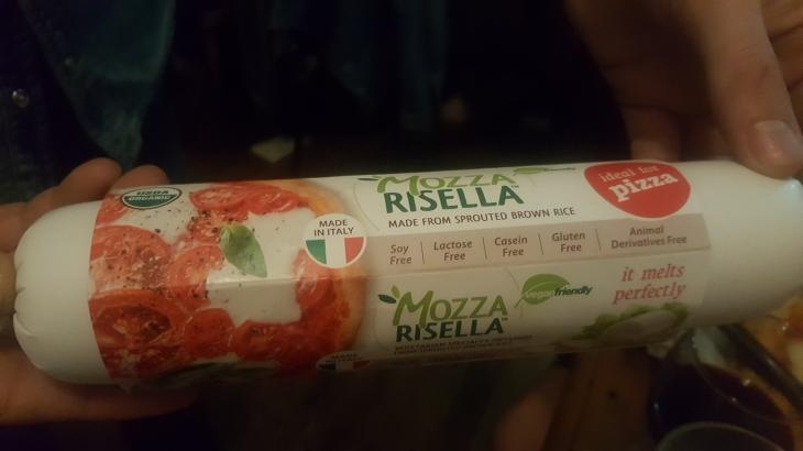 fatto a mano vegan cheese