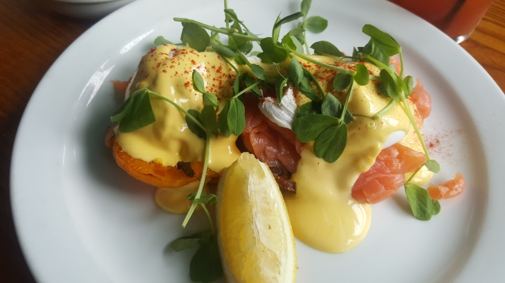 gluten free eggs royale at the breakfast club